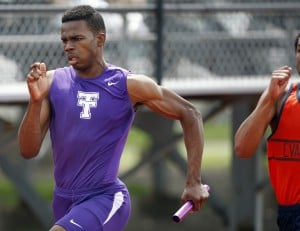 Gallery: Boys Track Classic Invitational