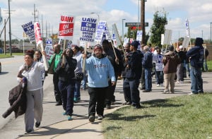 Hundreds of workers on strike at Lear Corp. plant