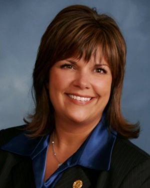 State Rep. Shelli VanDenburgh holds 'office hours' in region Aug. 29