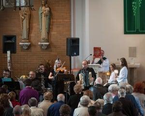 Polka music enlivens Mass at Steger church