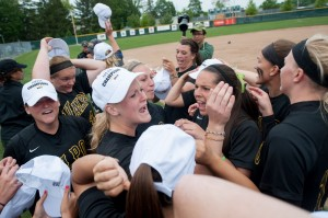 NCAA berths bring national attention to Valparaiso University teams
