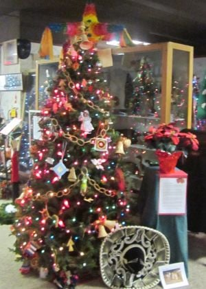 Lansing Historical Museum offers 'festival of the lights'