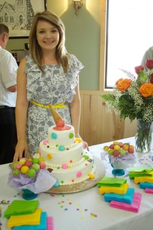 High schooler sees her future in cake baking