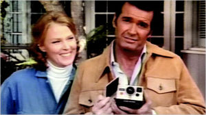OFFBEAT: James Garner photo moment, Williams finds 'Amish Cook'