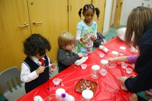 Crete library hosts holiday craft-making