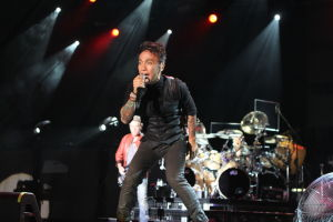 Journey brings rockin' show to Hammond and Tinley Park