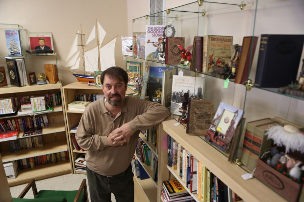 Highland bookstore gets new look