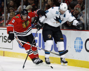Versteeg breaks the ice as Hawks take bite out of Sharks