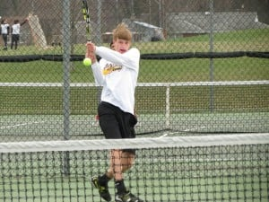 Marian aims to keep sectional tennis streak alive