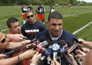 Pair of off-field headaches crop up for Bears