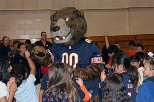 Subway, Bears mascot Staley rocks Franklin Elementary with healthy message and silly antics