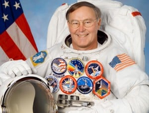 Crown Point PTOs benefit from astronaut Ross' book sales
