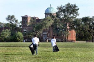Juvenile offenders help clean Gary properties