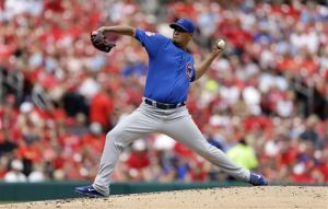 Cubs split doublheader with Cards