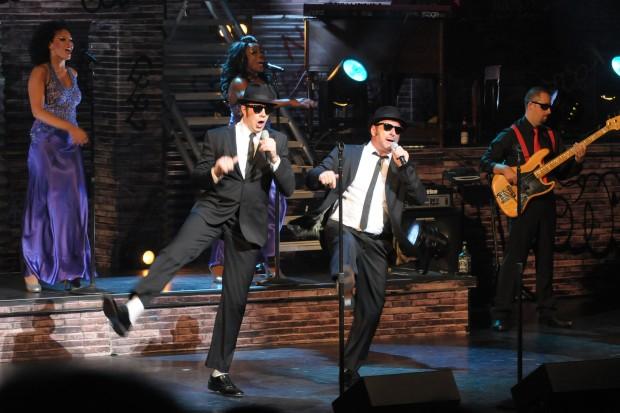offbeat  new  u0026 39 blues brothers u0026 39  stage show a powerhouse of