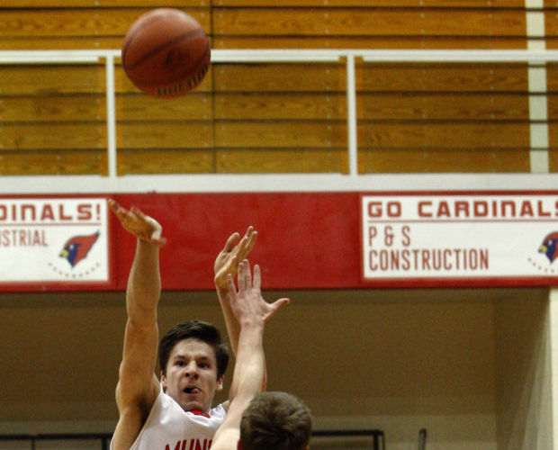 Munster jumps on L.C. early in opener