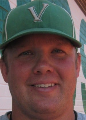 Todd Evans officially named Valpo baseball coach