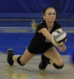 L.C. rallies to beat Valpo volleyball team in 5