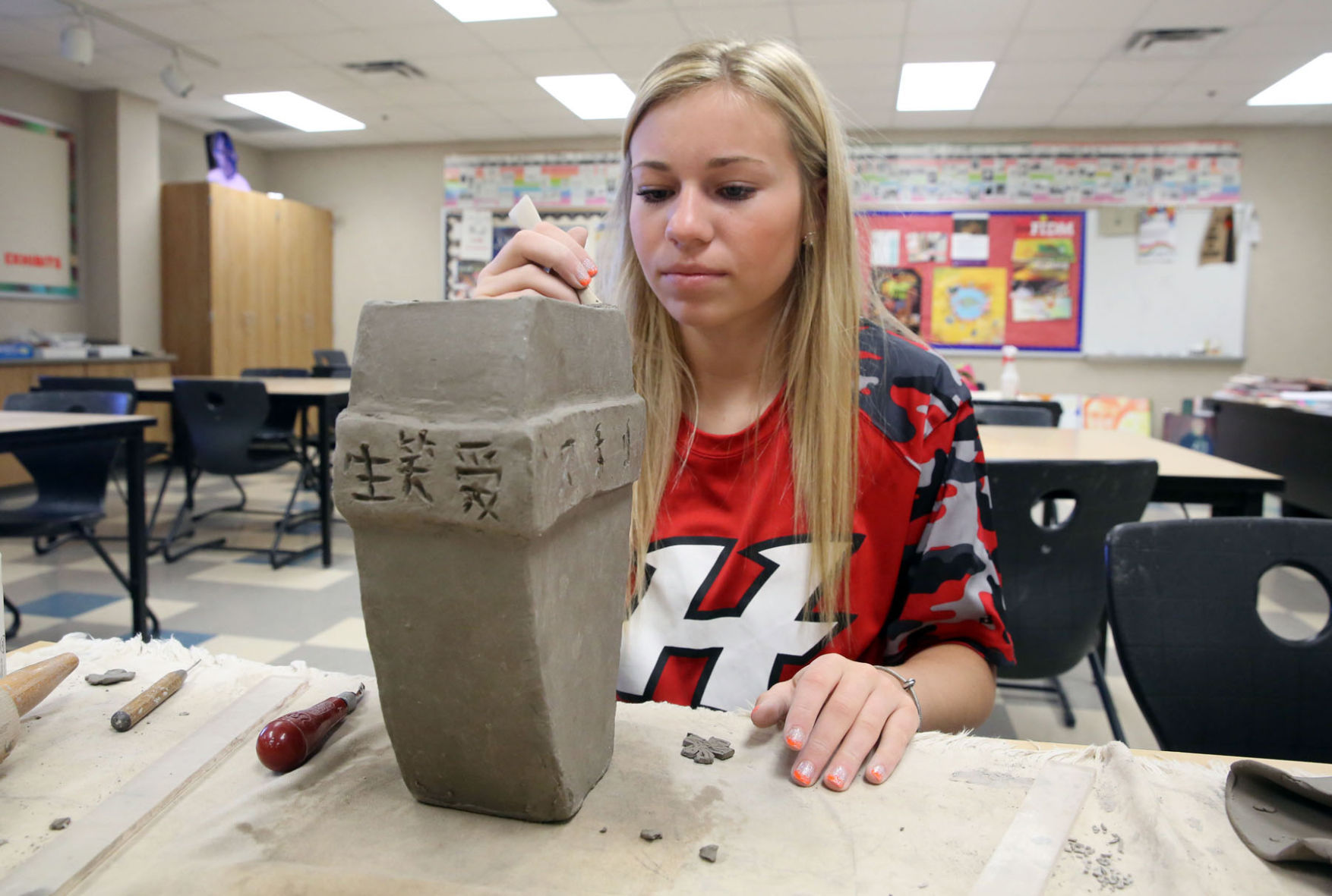 Hebron High students study treasures of Chinese Bronze Age | Lake ...