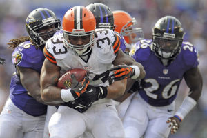 Browns trade RB Richardson to the Colts