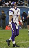 Fame is fleeting for Favre and slumping Minnesota