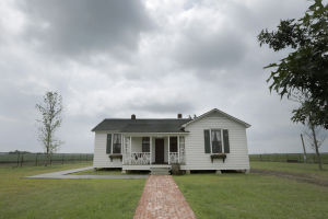 Johnny Cash's early life revisited at Depression-era housing colony