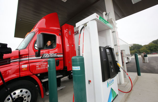 Roehl Transport celebrates opening of CNG station | Northwest ...