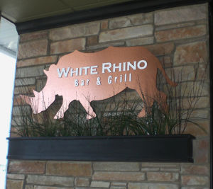 Best Bar/Lounge: White Rhino Bar & Grill