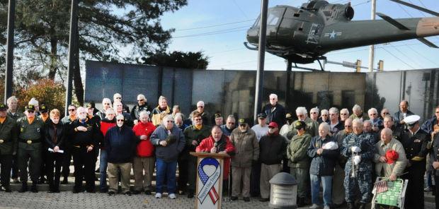 Patriotic tunes strike chord at vets memorial