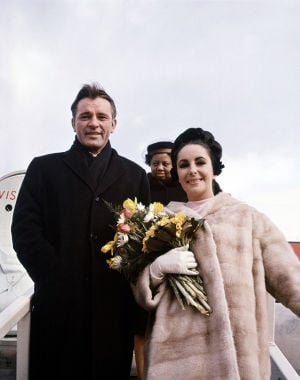 OFFBEAT: Reader has questions about Elizabeth Taylor's Burton marriage