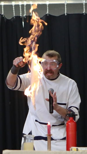 David Hagerman wows fifth-graders with his science antics