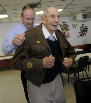 WWII vet receives French Legion of Honor medal