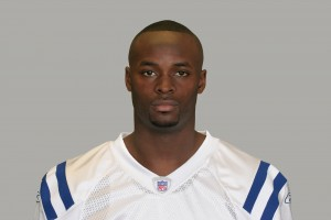 Colts welcome arrival of Wayne for offseason work