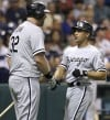 Floyd, White Sox bats help end 7-game slide