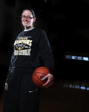 Marian Catholic girls basketball coach steps down