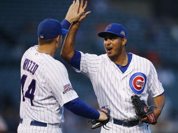 Cubs win suspended game, lose nightcap