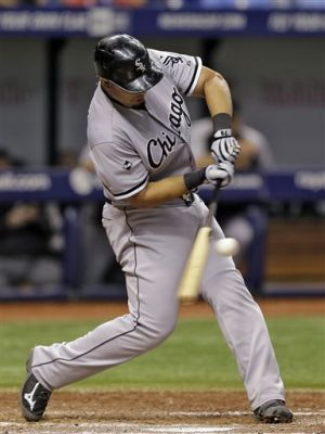 Konerko returns as White Sox beat Rays