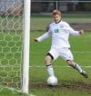 Valpo scores early, defends boys soccer sectional title