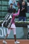Venus Williams loses to Radwanska sister at French