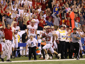 Andrean outlasts Brebeuf for Class 3A state football title