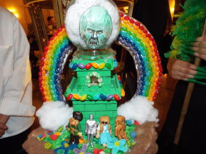 Cakewalk to Oz: Students lend a wizard's touch to dessert creations