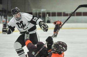 Mount Carmel hockey team pumped to play at Soldier Field