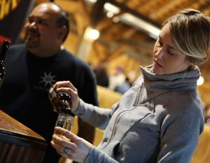 Brew fans gather for tasting benefit