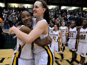 Walsh, defense lead Marian Catholic to state bid