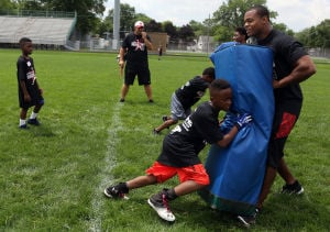 Campers score big at Pierre Thomas camp
