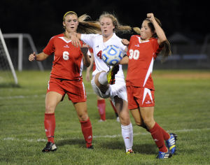 Munster nips K.V. in NCC girls soccer opener