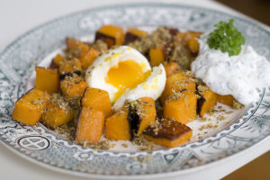 Egg-topped roasted squash bridges winter to summer