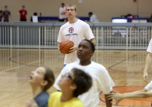 Hummel youth basketball camp draws large turnout