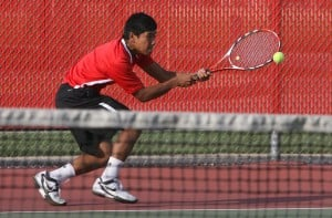 Valparaiso wins 17th straight boys tennis sectional