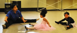 Tots learn ballet at Calumet Memorial Park District class